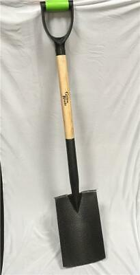 Green Blade Digging Spade With Ash Handle