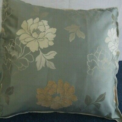 24 inch EXTRA LARGE GIANT CUSHION CREAM AND PALE GOLD ON SOFT GREEN