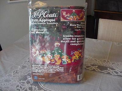 J&P Coats #28068 Beary Christmas Tree Skirt Felt Applique Kit New In Package