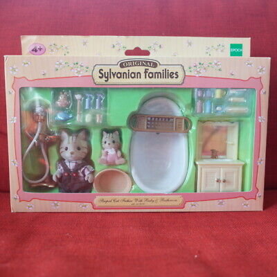 Sylvanian Families STRIPED CAT FATHER WITH BABY & BATHROOM 2506 Calico Critters