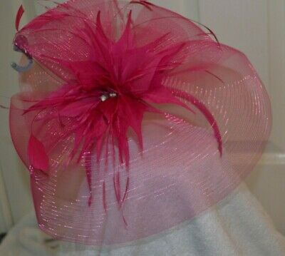 Star Julien Macdonald fascinator feathers/bows bright pink wedding/occasion NEW