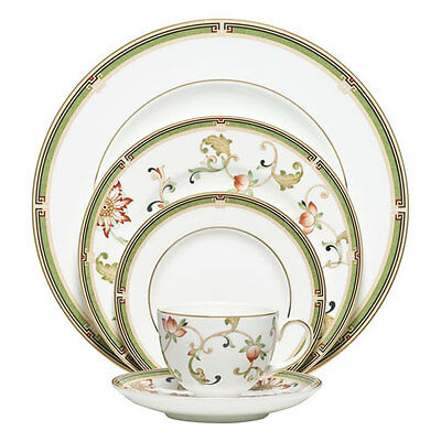 Wedgwood Oberon 40Pc China Set, Service for 8