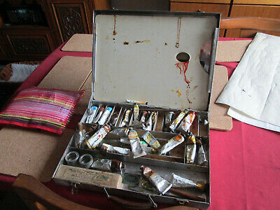 Vintage aluminiun  Windsor And Newton artist box with oil paints and palettes