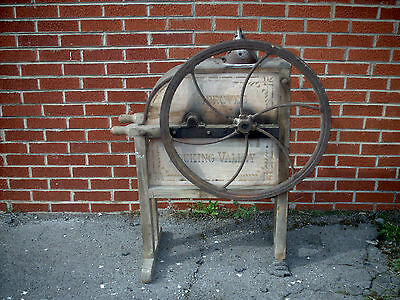 Vintage/Antique Improved Hocking Valley Corn Sheller