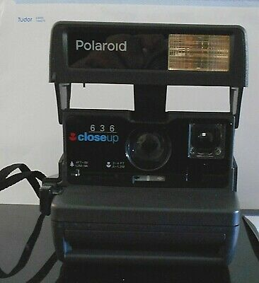 Polaroid 636  Close Up Instant Print Camera  With Instruction Book