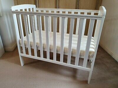 lowest price 0fc13 0bf4f ASDA GEORGE HOME Rafferty Compact Cot in White with Mattress