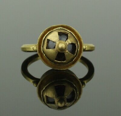 FABULOUS ANCIENT BYZANTINE GOLD & GARNET RING CIRCA - 9th Century AD