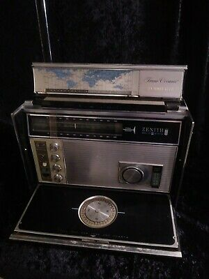 ZENITH Royal D7000Y  Trans-Oceanic 11 band AM/FM SW Radio