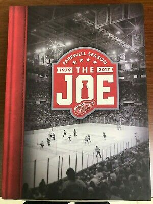 Detroit Red Wings Complete Set 2016-17 Season Tickets Box The Joe + 4 Pins