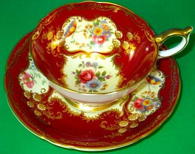 Aynsley Exquisite Burgundy Red PARAMOUNT 7700 MARONE Bone China Cup & Saucer