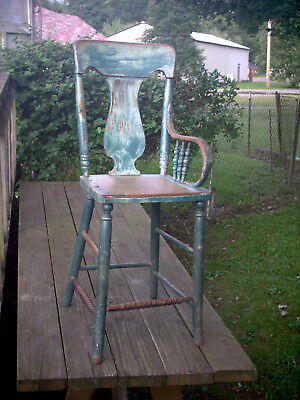 Antique/Vintage Child's Oak High Chair - Needs Work/Repair/Refinish Seems Sturdy