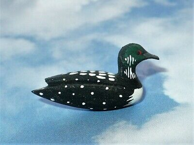 Vtg 1984 Carved Wood Miniature Loon Signed B&B Tack Lapel Pin Vgc