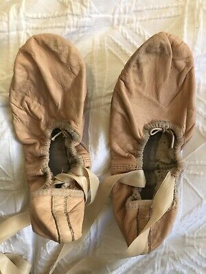 Bloch Child Pink Leather Full Sole Ballet Slippers/Ballet Shoes Size 5,5