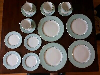16 Pc.Johnson Brothers China. Rare Coloured Blue SnowWhite and Pattern