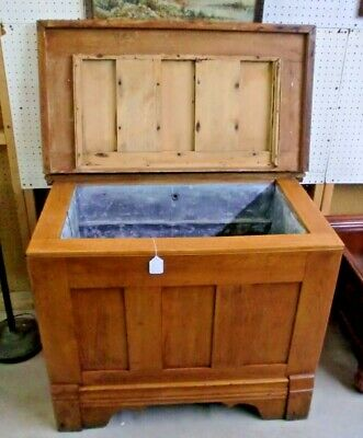 Oak Ice Box Coffee Table Antique Panel Sides and Top Lift Top