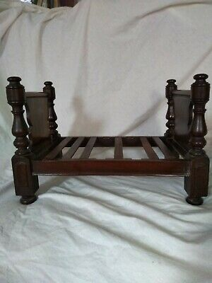 Beautiful antique mahogany doll bed apprentice piece maybe original condition