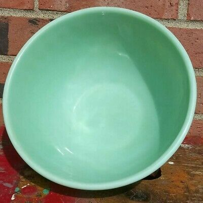 VINTAGE Fire King Oven Ware Jadeite 9 inch Green swirl mixing bowl