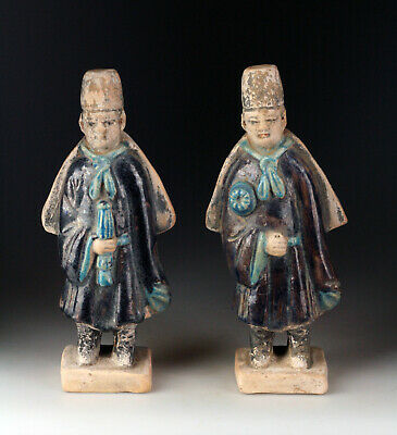 *SC* A NICE PAIR OF MING DYNASTY POTTERY ATTENDANT TOMB FIGURES w. CAPES!!