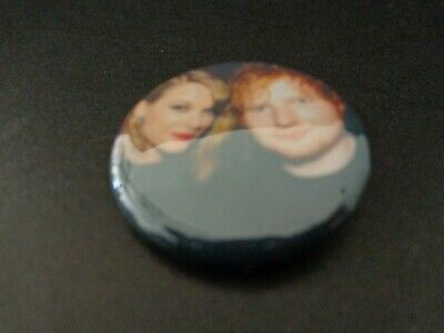"""Taylor Swift  """"Button"""" Commemorative Limited Edition TAYLOR SWIFT & ED SHEERAN"""