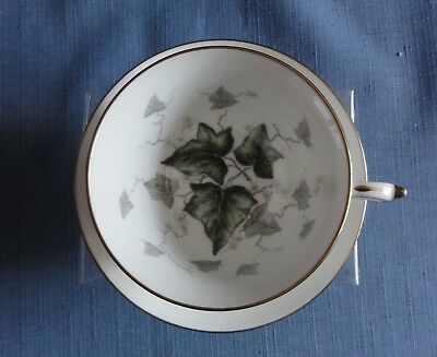 PARAGON Evergreen Ivy Design Cup & Saucer Made in England