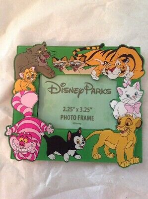 Disney Parks Magnetic Photo Frame Cats Figaro Simba Marie Cheshire Cat 3D New