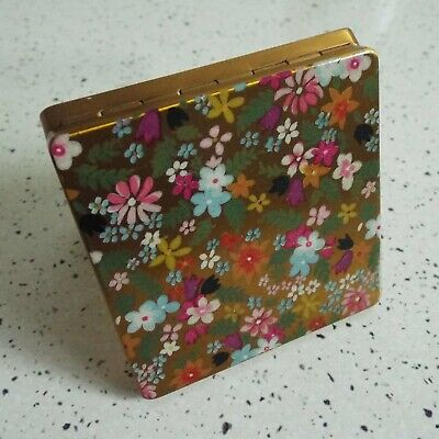 Vintage 1950's Vogue Vanities Powder Compact Flower Compact Make-up