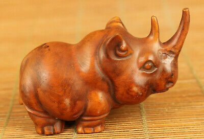 Chinese old boxwood hand carved rhinoceros statue netsuke table decoration gift