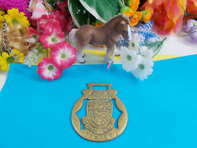 ANTIQUE HORSE BRASS - JERSEY / ORNAMENT - HANG ON WALL - 80 x 70 mm # 39