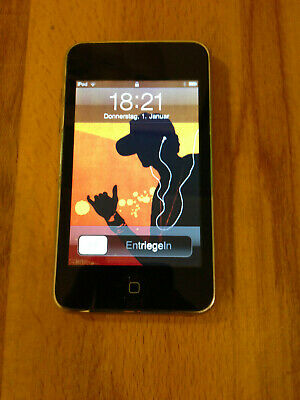 Apple iPod Touch 2nd Generation Silver Black (8 GB)