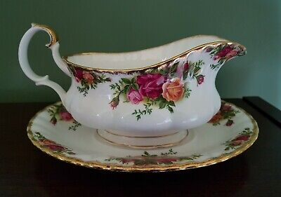 ROYAL ALBERT bone china OLD COUNTRY ROSES GRAVY SAUCE BOAT & TRAY free postage