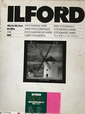 "Ilford Multigrade FB Classic Gloss 8 x 10"" 100 Sheets Variable Contrast Paper."