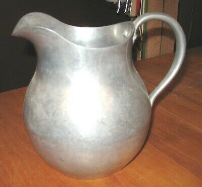 Vintage Wagner Ware Cast Aluminum #409 2 1/2 Quart Pitcher with Riveted  Handle