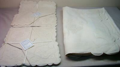 Lovely Madeira Vintage Tablecloth Napkins Unused Set Embroidered Set