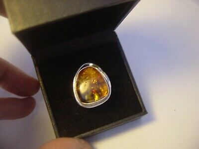 Stunning Unusual Solid Silver Ring Chunky Genuine Real Amber-Size O-Vintage