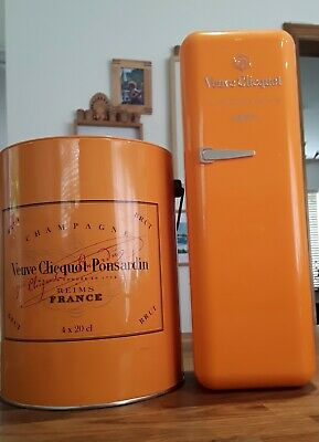 VEUVE CLICQUOT  Champagne Tin Display  4 x 20cl capacity ,  and fridge