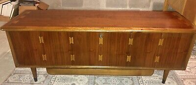 Vintage Mid Century Modern Lane ACCLAIM  Footed  Chest Or Coffee Table