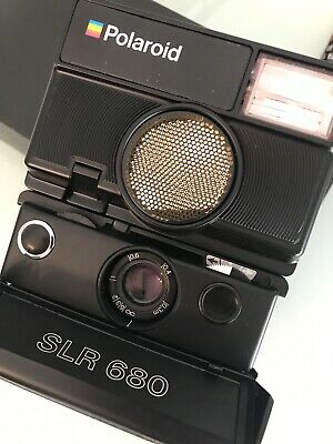 Polaroid Sx70 Land Camera SLR 680 in Box and Card Top Condition