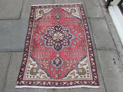 Shabby Chic Worn Vintage Traditional Hand Made Oriental Red Wool Rug 141x97cm