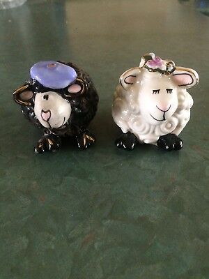 "Heather Goldmine ""Westland Giftware"" Ceramic Sheep Salt and Pepper Shakers"