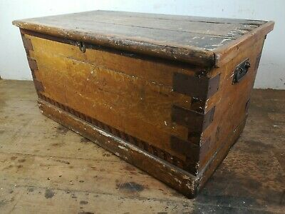 Antique pine wood blanket treasure chest box trunk old Victorian storage handles