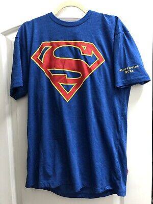SDCC SUPERGIRL 1st Season CBS Blue T-Shirt w Red Cape Size Large L CW Comic-Con