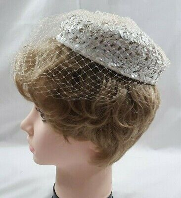 1950s Ladies Womens Pillbox Hat White Iridescent Sequins Beige Veil Fashion 5795