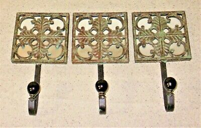 Set of 3 Renaissance Style Acanthus Leaves Metal Mirror & Ceramic Wall Hooks