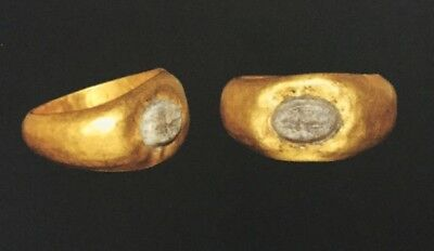 ROMAN GOLD RING WITH HIPPOCAMPUS INTAGLIO  1st-3rd  Century AD