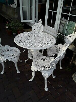 Antique Victorian Cast Iron beautiful table and 4 chairs