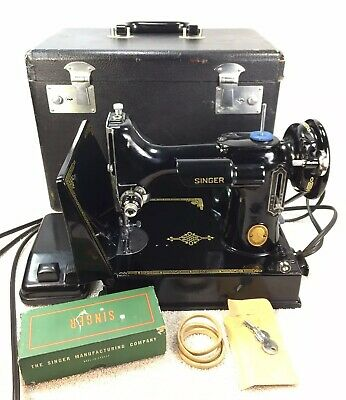 Vintage 1953 Singer 221 Featherweight Sewing Machine Case Light EH8 St. John's J