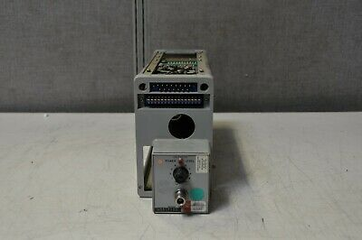 HP 8692B 2.0 - 4.0GHz Sweep Oscillator *Untested* *For Parts*