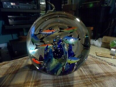 "BLOWN GLASS art Glass PAPERWEIGHT W/ Fish Reef & Bubbles 5"" VG !"