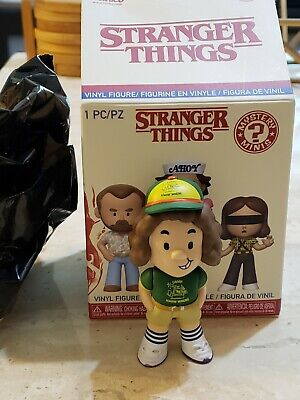 Dustin (1/12) Funko Pop Mystery Minis Stranger Things Season 3