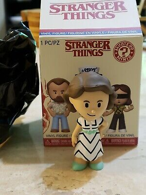 Nancy (1/24) Funko Pop Mystery Minis Stranger Things Season 3